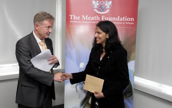 Prof Lane Ms Sourenu Sara Cheeran Research Award 2014